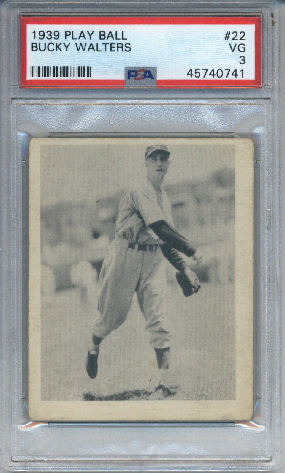1939 Play Ball #22 Bucky Walters PSA 3